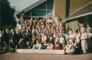 Gruppenfoto vor dem Dorfgemeinschaftshaus